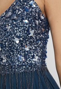 Lace & Beads - RIRI MIDI - Cocktailkjole - navy - 6
