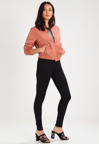 Pieces - Jeggings - black - 1