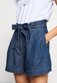 J.CREW - PAPER BAG - Denim shorts - santa ana wash - 5