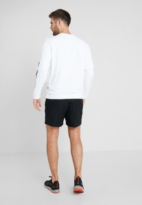 Puma - AMPLIFIED CREW - Sweatshirt - white - 2