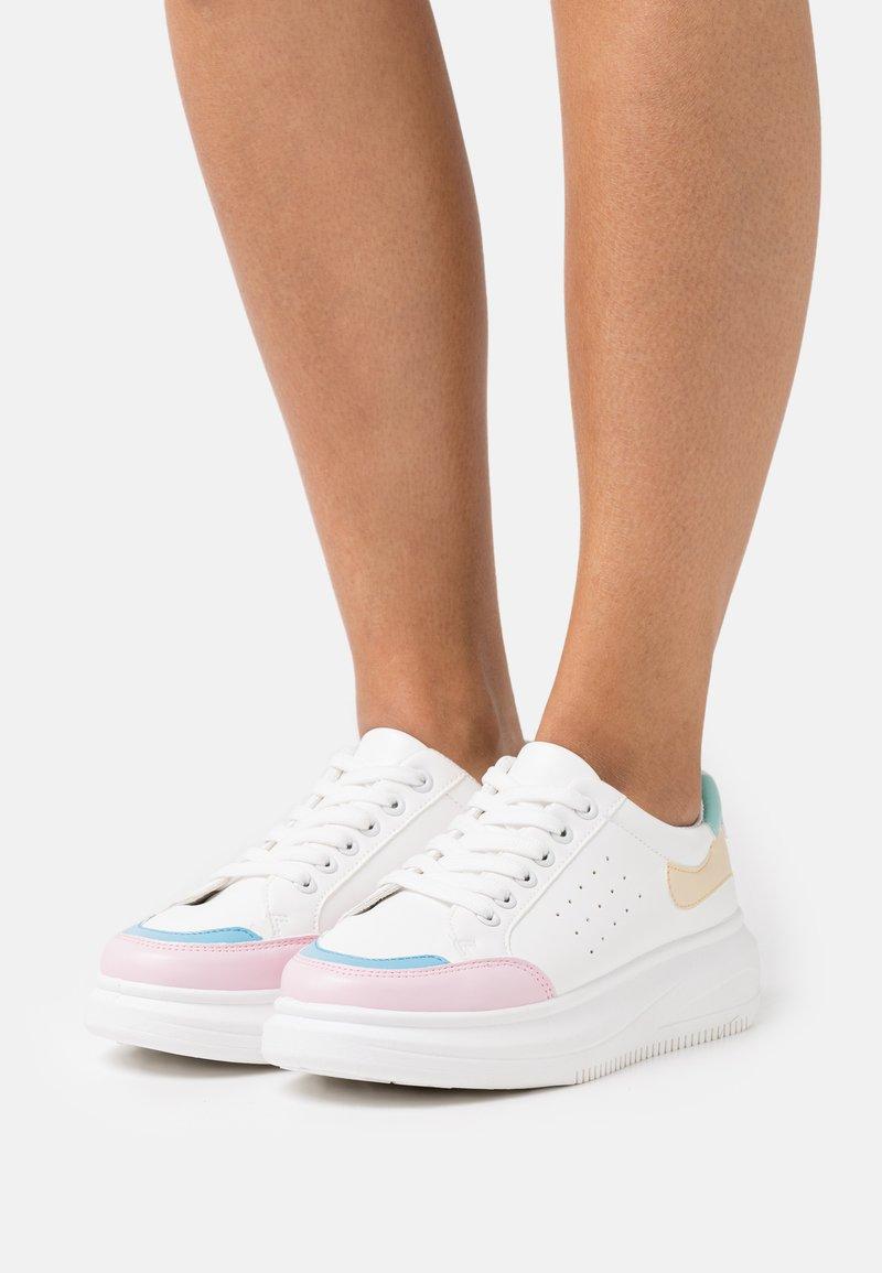 Koi Footwear - VEGAN MAGIC - Trainers - white/multicolor