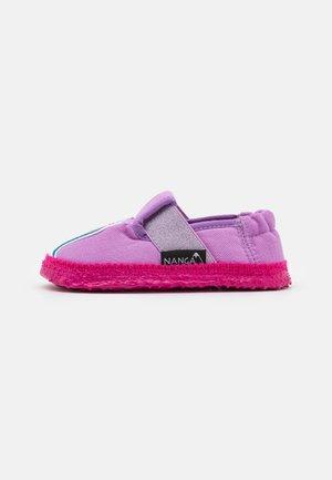 EINHORN - Slippers - pink