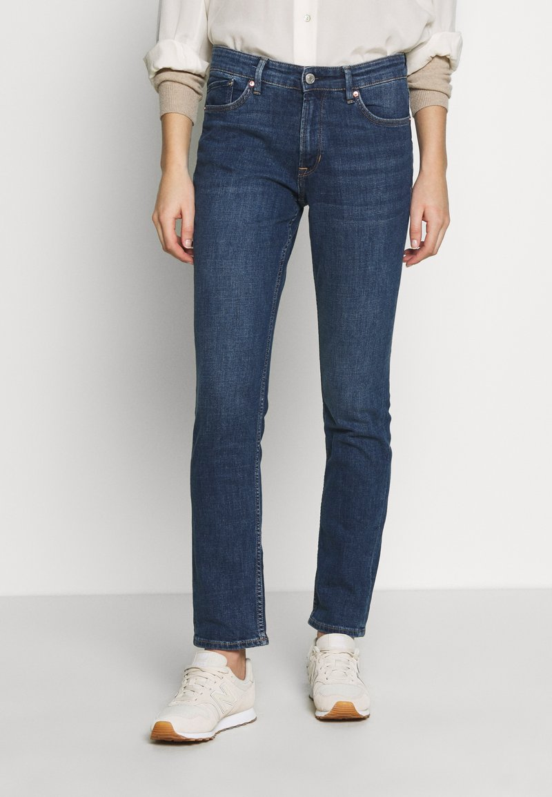s.Oliver - LANG - Slim fit jeans - blue denim