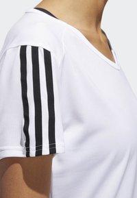 adidas Performance - RUNNING 3-STRIPES T-SHIRT - Print T-shirt - white - 4
