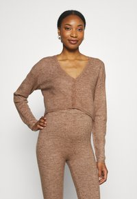 Cotton On - MATERNITY FRIENDLY CROP MATCH BACK CARDI - Cardigan - cocoa bean marle - 0