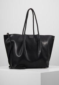 Steffen Schraut - KATE - Shopping bags - black - 0