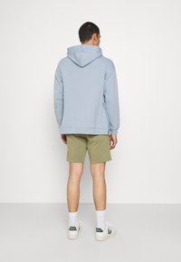 Blend - Shorts - oil green - 2