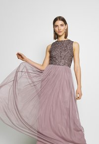 Lace & Beads - PICASSO MAXI - Occasion wear - purple - 3