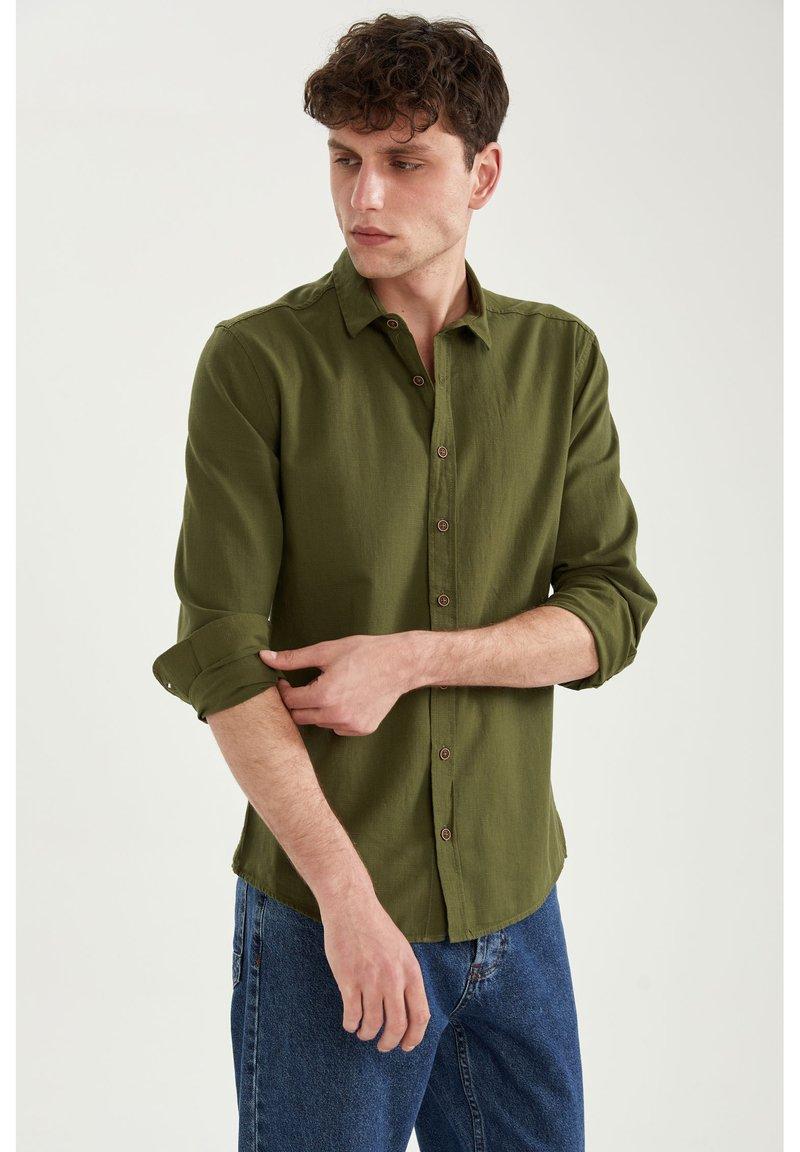 DeFacto - Formal shirt - khaki
