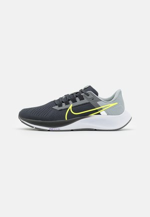 AIR ZOOM PEGASUS 38 - Neutral running shoes - grey/volt