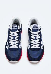 Pepe Jeans - BRITT - Baskets basses - azul marino - 1