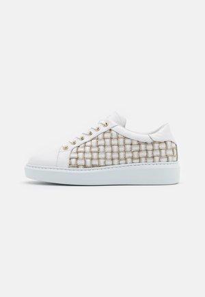 CROSS ZIP STREET - Sneakers laag - white