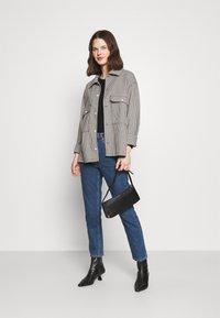 Marks & Spencer London - RELAXD CREW - Long sleeved top - black - 1