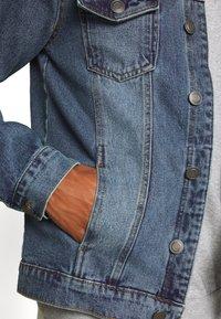 Brave Soul - FIELDING - Giacca di jeans - blue denim - 5