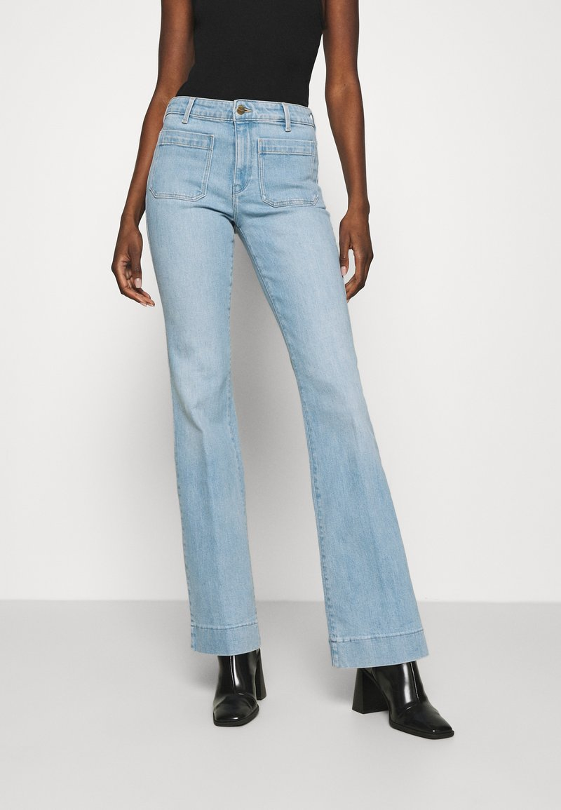 Wrangler - Flared jeans - clear blue