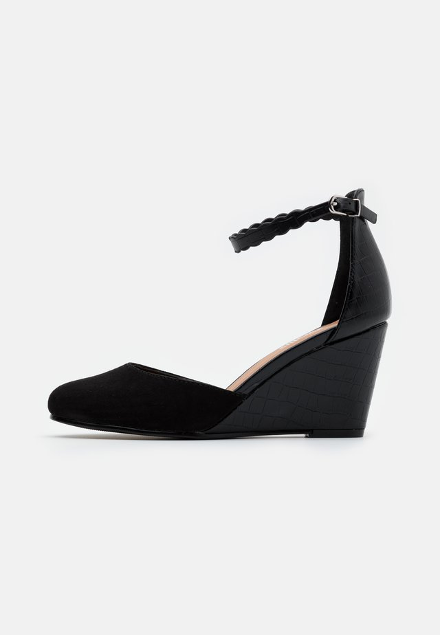 CANTRELLE - Wedges - black