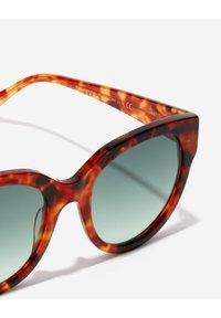 Hawkers - LOIRA - Sunglasses - brown - 4
