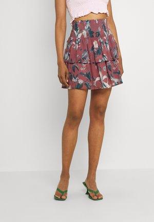 VMWONDA SMOCK SHORT SKIRT - Áčková sukně - rose brown/debbie