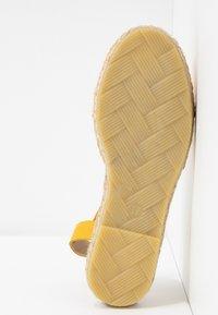 KIOMI - Espadrilles - yellow - 6