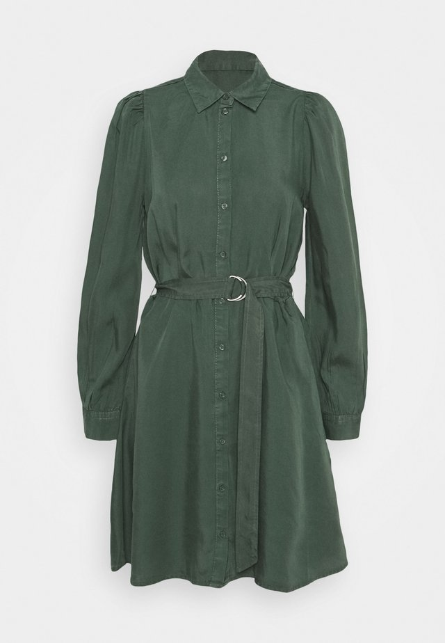 JOVIE DRESS - Shirt dress - jungle green
