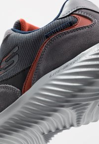 Skechers Sport - BOUNDER - Sneaker low - dark grey - 5