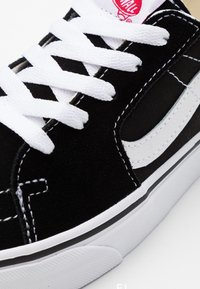 Vans - SK8 - Trainers - black/true white - 5