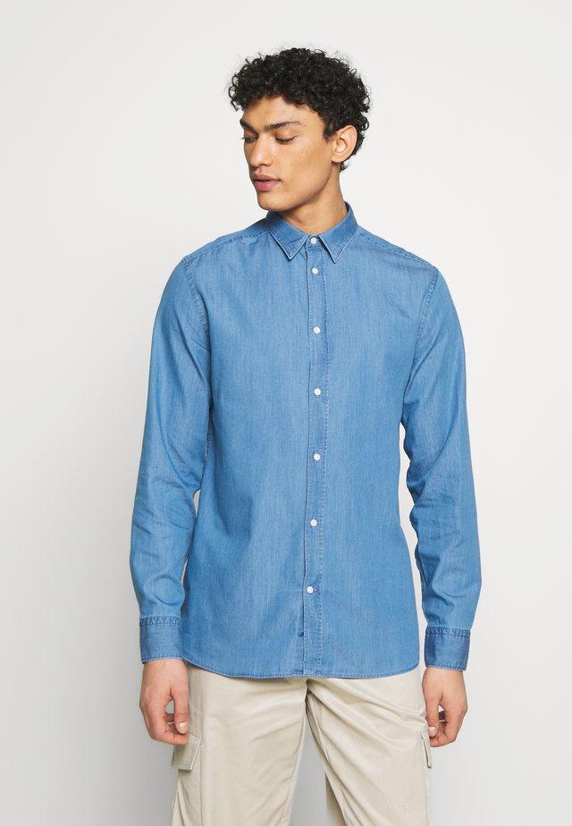 DANIEL WASHED - Camicia - indigo