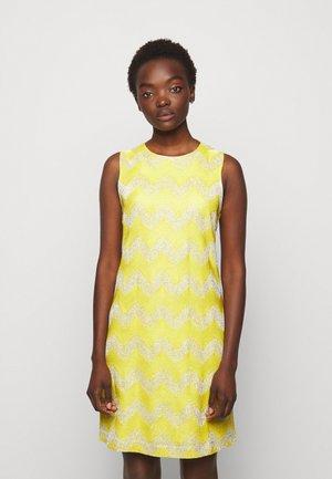 ABITO SENZA MANICHE - Jumper dress - yellow