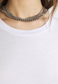 Monki - BILLA TEE - Basic T-shirt - white light - 4