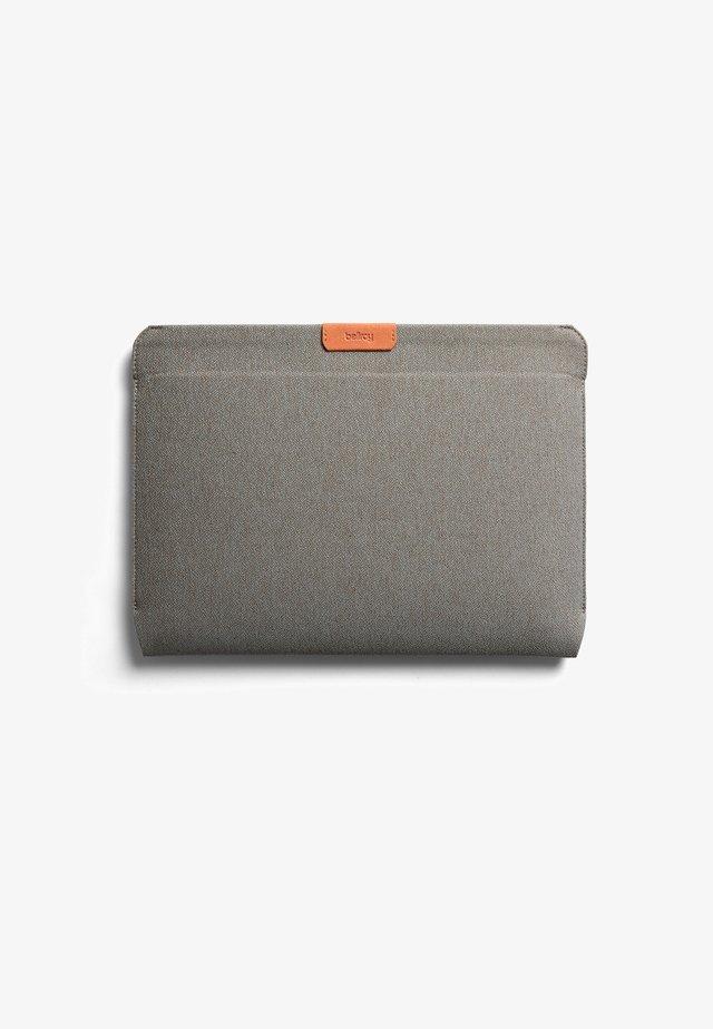 Laptop bag - limestone