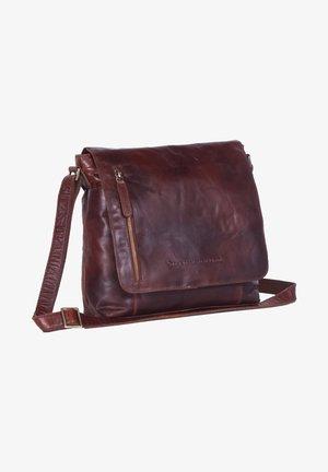 MAEVE MEDIUM FLAPOVER - Across body bag - brown