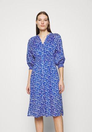 DAYLY DRESS - Košilové šaty - deep ultramarine