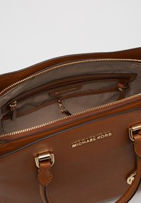 MICHAEL Michael Kors - SATCHEL - Sac à main - acorn - 2