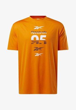 MYT T-SHIRT - T-shirt imprimé - orange