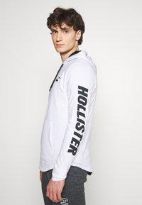 Hollister Co. - HOOD - Long sleeved top - white - 3