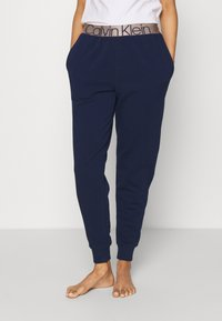Calvin Klein Underwear - ICONIC LOUNGE - Pyjamahousut/-shortsit - new navy - 0
