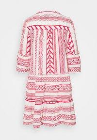Vero Moda Petite - VMDICTHE TUNIC - Day dress - birch/goji berry - 1