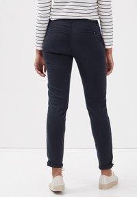 BONOBO Jeans - Pantalones chinos - bleu foncé - 2