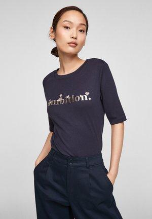 Print T-shirt - navy ambition print