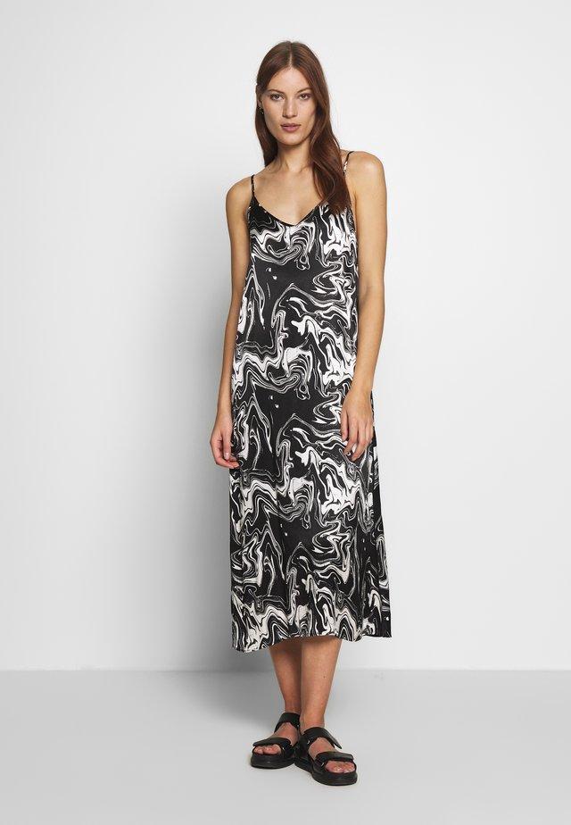 LAVA STRAP DRESS - Vapaa-ajan mekko - black