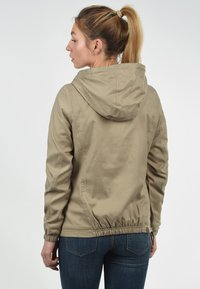 Desires - BERENIKE - Windbreaker - dune - 2