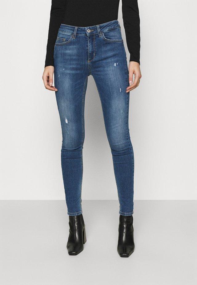 DIVINE  - Skinny džíny - blue