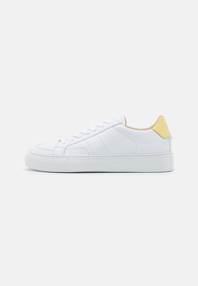 JASE ISSY - Sneakers - white