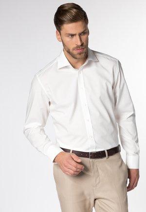 FITTED WAIST - Formal shirt - beige
