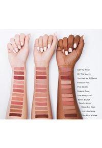 bareMinerals - GEN NUDE POWDER BLUSH - Blusher - beige for days - 3