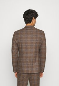Twisted Tailor - PETTIS SUIT - Suit - brown - 2