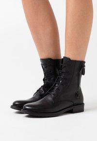 lilimill - Šněrovací kotníkové boty - twister nero - 0