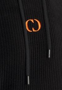 Criminal Damage - ESSENTIAL HOOD - Hoodie - black/orange - 2
