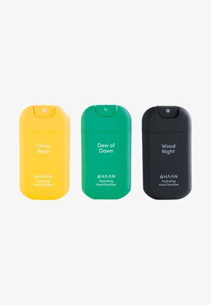 HAAN 3 PACK HAND SANITIZER - DEW OF DAWN, CITRUS NOON, WOOD NIGHT - Zestaw do kąpieli - mixed