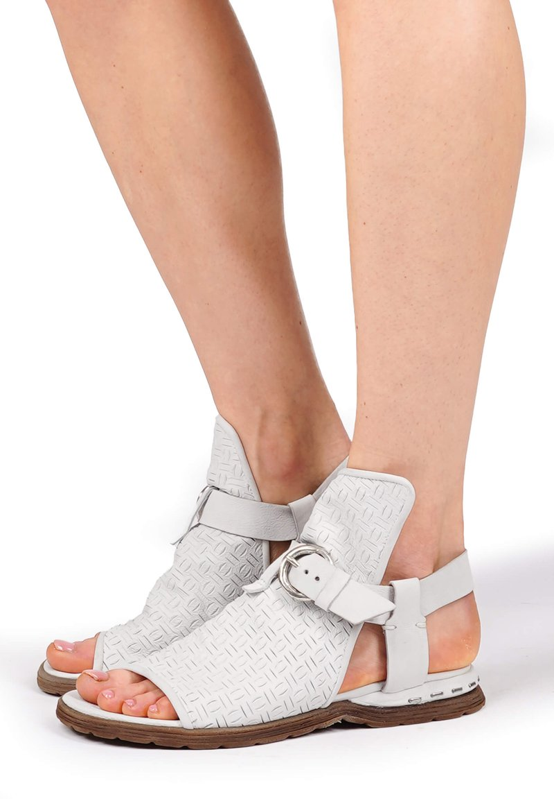 A.S.98 - Ankle cuff sandals - bianco